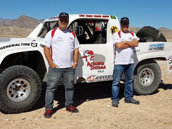 Desafio de Facco e Costa: enfrentar 640km no deserto